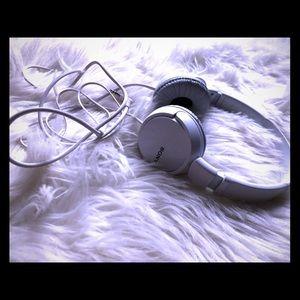 🎧 Sony headphones